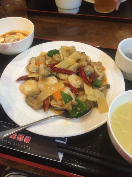 大箱で大人数でも安心な中華料理屋さん。「福縁酒家」
